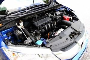 City这具1.5公升的汽油引擎表现非常出色,足以带领Honda走向巔峰。