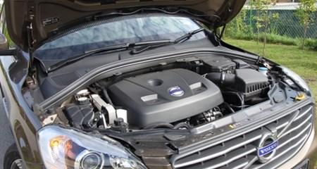 虽然T5的引擎配置只有2公升,但在涡轮增压以及富豪汽车的调配下,可说是將性能输出以及油耗表现发挥极致。