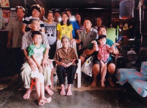 去年冬至,孩子们回老家与江淑群一起过冬。虽然与「一家团圆」仍有些距离,但她已心满意足了。