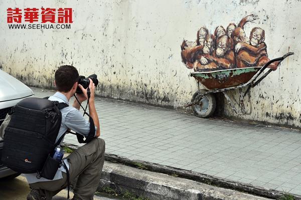 印度街附近的人猿壁画,在热潮退了之后,如今只受到外国游客的青睐。