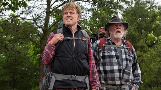 9月在美国上映、改编旅游文学家比尔布莱森(Bill Bryson)1998年自传式作品的电影《别跟山过不去》(A Walk in the Woods)讲述在英国生活了20年的旅游作家搬回久违的美国定居,为了重新认识家乡,决定去爬著名的阿帕拉契山径。在老友的陪伴下,两个加起来超过100岁的男子,靠着双腿踏上惊喜连连的旅程。